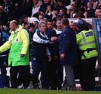 Fotball. Premier League. 09.11.2002.<br /> Manchester City v Manchester United.<br /> Siste ligaoppgjør på Maine Road.<br /> Kevin Keegan og Sir Alex Ferguson.<br /> Foto: Tim Parker, Digitalsport