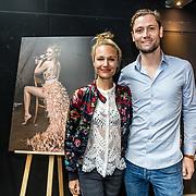 NLD/Amsterdam//20170413 - Presentatie Wendy Geeft met oa Kim Feenstra , Kimberly Klaver en haar partner Bas Schothorst