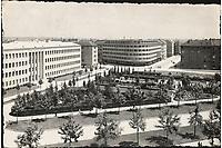 [Zagreb] : [Trg kralja Petra Krešimira IV.]. <br /> <br /> Impresum[S. l. : S. n., 1941].<br /> Materijalni opis1 razglednica : tisak ; 9,8 x 15 cm.<br /> Vrstavizualna građa • razglednice<br /> ZbirkaGrafička zbirka NSK • Zbirka razglednica<br /> Formatimage/jpeg<br /> PredmetZagreb –– Trg kralja Petra Krešimira IV<br /> SignaturaRZG-TKPK-1<br /> Obuhvat(vremenski)20. stoljeće<br /> NapomenaRazglednica je putovala. • Marka u vrijednosti 1 dinara Nezavisne države Hrvatske tiskana je preko marke Kraljevine Jugoslavije u vrijednosti 3 dinara.<br /> PravaJavno dobro<br /> Identifikatori000954478<br /> NBN.HRNBN: urn:nbn:hr:238:052467 <br /> <br /> Izvor: Digitalne zbirke Nacionalne i sveučilišne knjižnice u Zagrebu
