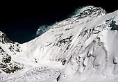 CHOMOLUNGMA / MT EVEREST - NEPAL & TIBET IMAGE GALLERY