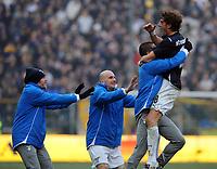 """Esultanza di Guglielmo Stendardo per il gol del 0-1.<br /> Parma, 14/02/2010 Stadio """"Tardini""""<br /> Parma-Lazio.<br /> Campionato Italiano Serie A 2009/2010<br /> Foto Nicolò Zangirolami Insidefoto"""