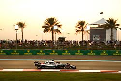 November 24, 2018 - Abu Dhabi, United Arab Emirates - Motorsports: FIA Formula One World Championship 2018, Grand Prix of Abu Dhabi, World Championship;2018;Grand Prix;Abu Dhabi, #44 Lewis Hamilton (GBR, Mercedes AMG Petronas F1 Team) (Credit Image: © Hoch Zwei via ZUMA Wire)