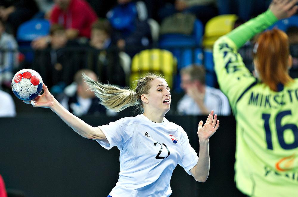 London Handball Cup - Slovakia vs Poland - Petra Popluharova (SVK), Patrycia Mikszto (POL)