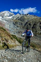 16-09-2017 FRA: BvdGF Tour du Mont Blanc day 7, Beaufort<br /> De laatste etappe waar we starten eindigen we ook weer na een prachtige route langs de Mt. Blanc / Tjebbe