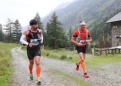 25.07.2015, Dorfertal, Kals, AUT, Grossglockner Ultra Trail, 50 km Berglauf, im Bild v.l. Reinhold Hugo (SUI), Heinrich Rogl (AUT, Kals, 13. Platz bei Rudolfshütte) // Reinhold Hugo of Switzerland, Heinrich Rogl of Austria during the Grossglockner Ultra Trail 50 km Trail Run from Kals arround the Grossglockner to Kaprun. Kals, Austria on 2015/07/25. EXPA Pictures © 2015, PhotoCredit: EXPA/ Stringer