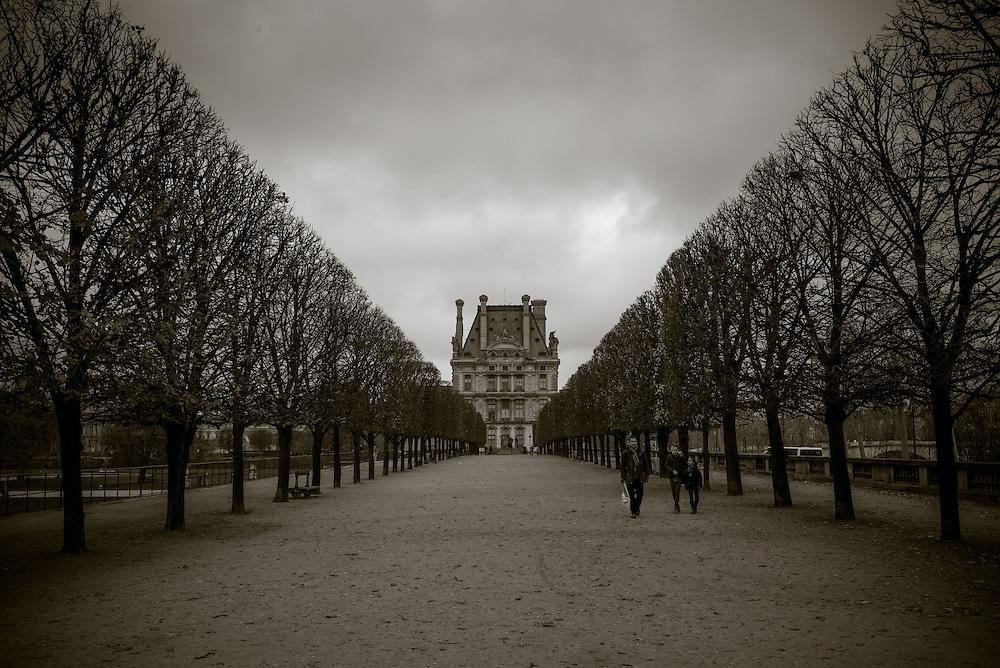 Jardin des Tuileries. Paris, France. December 1, 2013. Photograph ©2013 Darren Carroll