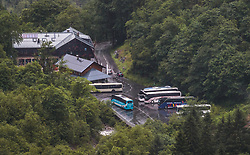 THEMENBILD - das Alpenhaus Kesselfall Hotel, das Kassengebäude der Verbund und Busse, aufgenommen am 16. Juni 2017, Kaprun, Österreich // The Alpenhaus Kesselfall Hotel, the cashier building of the Verbund and buses on 2017/06/16, Kaprun, Austria. EXPA Pictures © 2017, PhotoCredit: EXPA/ JFK