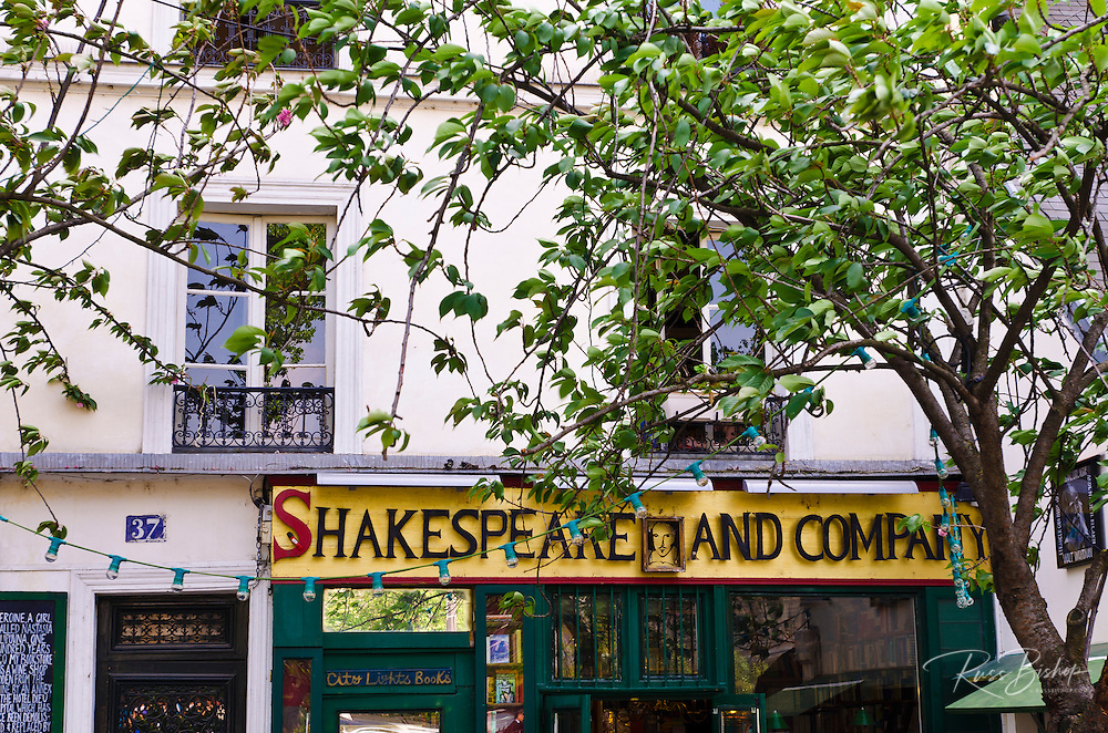 Shakespeare and Company bookstore, Left Bank, Paris, France