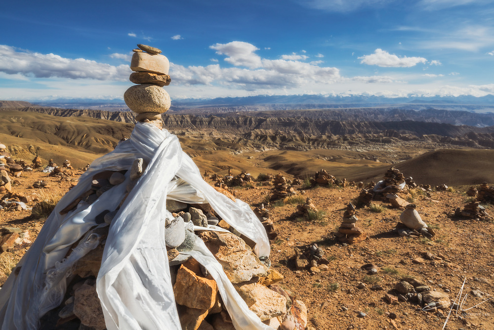 Prayer stones stacked in the wilderless in the remote Western Tibet, overseeing the amazing landscape of Zanda Earth Forest. (Sep 2019, Anthony Lau)