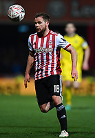 Football - 2018 / 2019 FA Cup - Third Round: Brentford vs. Oxford United<br /> <br /> Brentford's Alan Judge in action during todays game, at Griffin Park.<br /> <br /> COLORSPORT/ASHLEY WESTERN