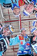 Torhueter Marco Streit, Loic Burkhalter, Stacy Roest, Sebastien Reuille und Raeto Raffainer beim eigenen Tor © Yves Maurer