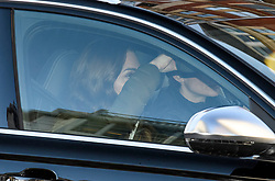 © Licensed to London News Pictures. 09/01/2020. London, UK. CATHRINE, DUCHESS OF CAMBRIDGE is seen covering her face as she arrives back at Kensington Palace in London on her Birthday.Yesterday Prince Harry and Megan, The Duke and Duchess of Sussex, announced that they will be stepping back from official Royal duty and spending more time abroad. Photo credit: Ben Cawthra/LNP