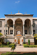 The Ottoman architecture of the Enderûn Library, or Library of Sultan Ahmed III and its fountain built in 1719, built in the inner courtyard of the  Topkapi Palace Istanbul .<br /> <br /> If you prefer to buy from our ALAMY PHOTO LIBRARY  Collection visit : https://www.alamy.com/portfolio/paul-williams-funkystock/topkapi-palace-istanbul.html<br /> <br /> Visit our TURKEY PHOTO COLLECTIONS for more photos to download or buy as wall art prints https://funkystock.photoshelter.com/gallery-collection/3f-Pictures-of-Turkey-Turkey-Photos-Images-Fotos/C0000U.hJWkZxAbg