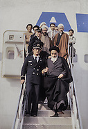 2081 Imam Khomeini at the airport