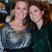 NLD/Volendam/20130208 - Presentatie Helden 17, Barbara Barend en zwangere partner Alette Bastiaansen