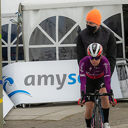 11-03-2021: Wielrennen: Healthy Ageing Tour: Lauwersoog. <br />Karol-Ann Canual