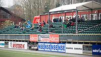 13. April 2009 , Fotball , Adeccoligaen , Stavanger IF (SIF) - Moss , kl 17:20 begynner allerede tilskuere å finne plass på tribunen , stille før stormen