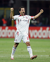 "Willy SAgnol celebrates at the end of the match<br /> <br /> Esultanza di Willy Sagnol al termine dell'incontro<br /> <br /> Champions League 2006-07 <br /> <br /> 3 April 2007 (Quarter-Finals 1st leg) <br /> <br /> Milan Bayern (2-2) <br /> <br /> ""Giuseppe Meazza"" Stadium-Milano-Italy <br /> <br /> Photographer Andrea Staccioli INSIDE"