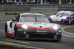 June 16, 2018 - Le Mans, FRANCE - 93 PORSCHE GT TEAM (USA) PORSCHE 911 RSR GTE PRO PATRICK PILET (FRA) NICK TANDY (GBR) EARL BAMBER  (Credit Image: © Panoramic via ZUMA Press)