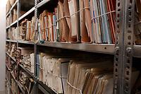 07 MAR 2002, BERLIN/GERMANY:<br /> Noch nicht archivierte Akten und Unterlagen im Magazinraum im Stasiarchiv der Bundesbeauftragten fuer die Unterlagen des Staatssicherheitsdienstes der ehem. DDR, dem ehem. Zentralarchiv des Ministeriums fuer Staatssicherheit, MfS, der hem. DDR<br /> IMAGE: 20020307-01-043<br /> KEYWORDS: Stasi, Archiv,