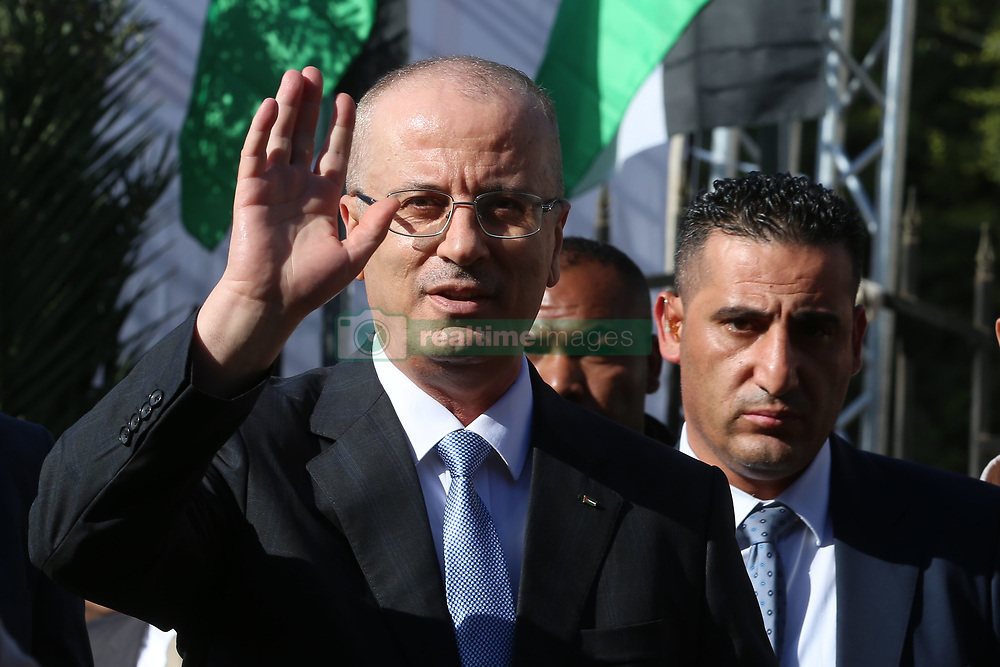 October 3, 2017 - Gaza, Gaza strip, Palestine - Palestinian Prime Minister Rami Hamdallah arrives to attend a cabinet meeting in Gaza City on October 3, 2017. The Palestinian reconciliation government met in Gaza for the first time since 2014 as moves intensify to end the decade-old rift between the main political factions. (Credit Image: © Momen Faiz/NurPhoto via ZUMA Press)