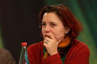 28 NOV 2003, DRESDEN/GERMANY:<br /> Astrid Rothe, B90/Gruene, Landesvorsitzende Thueringen, 22. Ordentliche Bundesdelegiertenkonferenz Buendnis 90 / Die Gruenen, Messe Dresden<br /> IMAGE: 20031128-01-014<br /> KEYWORDS: Bündnis 90 / Die Grünen, BDK<br /> Parteitag, party congress, Bundesparteitag