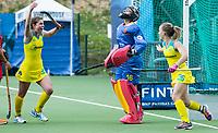 BRUSSEL - Emily Smith (Aus.) scored 4-1    during AUSTRALIA v SPAIN , Fintro Hockey World League Semi-Final (women) . middle  keeper Maria RUIZ (SPA) , left Laura Barden (Aus.) COPYRIGHT KOEN SUYK
