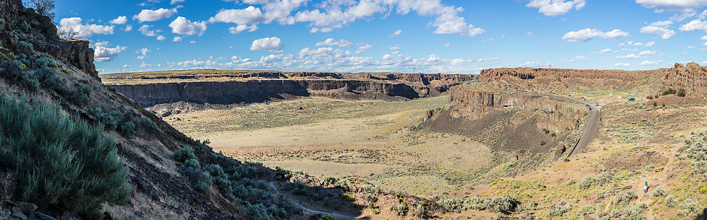 Frenchmans Coulee and the Old Vantage Highway, Eastern, Washington, USA.