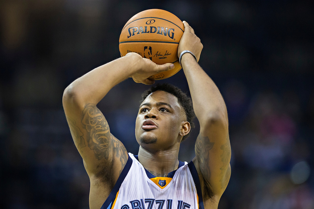 MEMPHIS, TN - NOVEMBER 25:  Jarell Martin #1 of the Memphis Grizzlies at the free throw line during a game against the Miami Heat at the FedExForum on November 25, 2016 in Memphis, Tennessee.  The Heat defeated the Grizzlies 90-81.  NOTE TO USER: User expressly acknowledges and agrees that, by downloading and or using this photograph, User is consenting to the terms and conditions of the Getty Images License Agreement.  (Photo by Wesley Hitt/Getty Images) *** Local Caption *** Jarell Martin