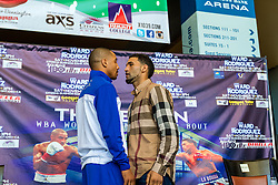ONTARIO, California/USA (Thursday, Nov 14 2013) - Andre Ward (L) and Edwin Rodriguez (R) face off a the final Ward vs. Rodriguez press conference held at the Citizens Business Bank Arena in Ontario, California. The Ward-Rodriguez bout at the Citizens Business Bank Arena in Ontario, California will be televised live on HBO at 9:30PM PST. PHOTO © SILVEXPHOTO.COM.