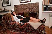 POLLY SAMSON, Freud Museum dinner, Maresfield Gardens. 16 June 2011. <br /> <br />  , -DO NOT ARCHIVE-© Copyright Photograph by Dafydd Jones. 248 Clapham Rd. London SW9 0PZ. Tel 0207 820 0771. www.dafjones.com.