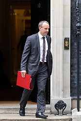 © Licensed to London News Pictures. 04/09/2018. London, UK. Secretary of State for Exiting the European Union Dominic Raab leaves Downing Street after attending a Cabinet meeting this morning. Photo credit : Tom Nicholson/LNP