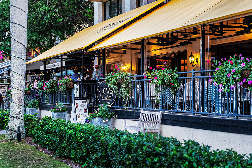 Ridgeway Bar & Grill restaurant, Old Naples, Florida, USA.