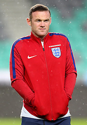 Wayne Rooney of England stands in the rain on arrival to SRC Stozice Stadium ahead of the World Cup Qualifier against SloveniaEngland interim manager Gareth Southgate takes questions during the Press Conference ahead of the World Cup Qualifier against Slovenia - Mandatory by-line: Robbie Stephenson/JMP - 10/10/2016 - FOOTBALL - SRC Stozice - Ljubljana, England - England Press Conference