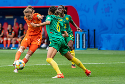 15-06-2019 FRA: Netherlands - Cameroon, Valenciennes<br /> FIFA Women's World Cup France group E match between Netherlands and Cameroon at Stade du Hainaut / Vivianne Miedema #9 of the Netherlands scores 3-1, Estelle Johnson #6 of Cameroon, Claudine Meffometou #12 of Cameroon