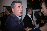 Fergus Greer, American Life. Michael Hoppen gallery. Jubilee Place. London. 29  November 2005. ONE TIME USE ONLY - DO NOT ARCHIVE  © Copyright Photograph by Dafydd Jones 66 Stockwell Park Rd. London SW9 0DA Tel 020 7733 0108 www.dafjones.com
