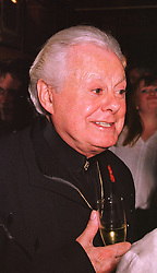 Entertainer DANNY LA RUE at a party in London on 27th April 1998.MHE 1