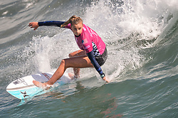 August 3, 2018 - Huntington Beach, California, U.S - LAKEY PETERSON, from the United States, competes in the second round heat of the Vans US Open held at Huntington Beach, California. (Credit Image: © Amy Sanderson via ZUMA Wire)