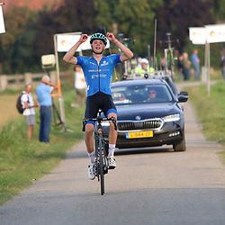 PHILPINNE (NED): WIELRENNEN: 18 SEPTEMBER<br /> Stef Koning wint de omloop van de Braakman junioren