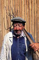 Armenie, Gochavank, Paysan armenien // Armenia, Gochavank, Farmer