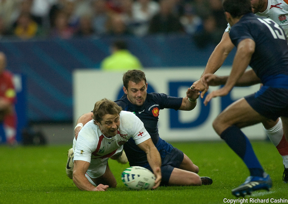 the 2007 Rugby World Cup semifinal between France and England at Stade de France in Paris