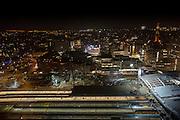 Uitzicht op Utrecht vanaf het Stadskantoor. Vooraan het Centraal Station. In het midden staat het muziekcentrum Vredenburg Tivoli, rechts de Dom.<br /> <br /> View of Utrecht from the Municipal Office. In front Utrecht Central Station. In the middle is the music center Vredenburg Tivoli, right the Dom.