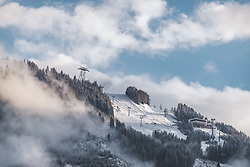 THEMENBILD - Schneefaelle bis in tiefen Lagen, aufgenommen am 14. Mai 2019 in Kaprun, Österreich // Snowfalls reaching the valleys of the Alpine region, Kaprun, Austria on 2019/05/14. EXPA Pictures © 2019, PhotoCredit: EXPA/ JFK