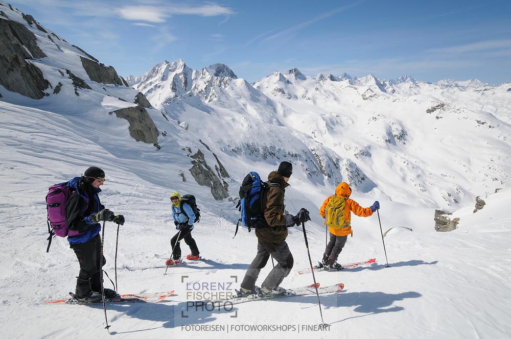 Impressionen einer Skitourenwoche im Gebiet der Rotondo-Hütte. Abfahrt vom Lucendro ins Witenwasserental.