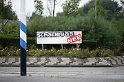 Nederland,  Boxtel, 12-9-2013Protest door bewoners in het dorp Lennisheuvel tegen de winning van schaliegas. De gemeenteraad heeft een proefboring toegestaan.Foto: Flip Franssen/Hollandse Hoogte