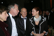 Lord and Lady Foster. Great Britons 2004. Royal Courts Of Justice, London, WC2, 27 january 2005.  ONE TIME USE ONLY - DO NOT ARCHIVE  © Copyright Photograph by Dafydd Jones 66 Stockwell Park Rd. London SW9 0DA Tel 020 7733 0108 www.dafjones.com
