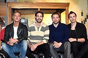 Persdag Nederlandse film Sneekweek in het hoofdkantoor van Gaastra, Amsterdam<br /> <br /> Op de foto:  Ferry Doedens, Jord Knotter, Jelle de Jong en Rutger Vink