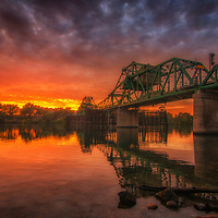 Sunset along the Sacramento River in the Delta region of Northern California.
