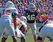 Kansas State linebacker Brandon Archer (46) calls out a defensive play against Oklahoma State at Bill Snyder Family Stadium in Manhattan, Kansas, October 7, 2006.  The Wildcats beat the Cowboys 31-27.<br />
