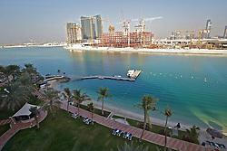 """ABU DHABI -  INTER/MUNDIAL - Equipe do S.C. Internacional durante passeio no shopping center """"Marina Mall"""" , em Abu Dhabi. O S.C. Internacional participa de 8 a 18 de dezembro do Mundial de Clubes da FIFA, em Abu Dhabi. FOTO: Jefferson Bernardes/Preview.comAbu Dhabi, é a capital dos Emirados Árabes Unidos e também o maior de todos os Emirados com uma área de 67.340 quilômetros quadrados, equivalente a 86.7 % da área total do país, excluindo as ilhas. Tem um litoral que estende por mais de 400 quilômetros e é dividido para propósitos administrativos em três regiões principais. A primeira região cerca a cidade de Abu Dhabi que é o capital do emirado e a capital federal. FOTO: Jefferson Bernardes/Preview.com"""